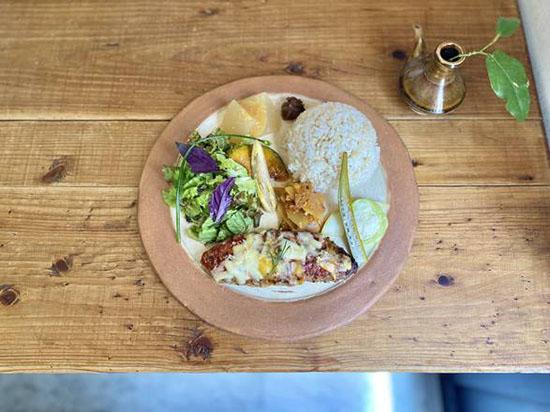 1 omoromachi pipachi kitchen